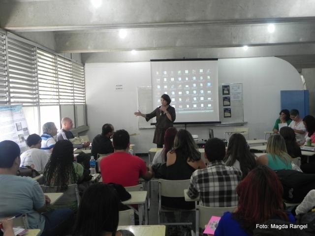 Apresentação da Prof.ª Dr.ª Silvana Bezerra, coordenadora de área do Projeto PIBID / CEFET.