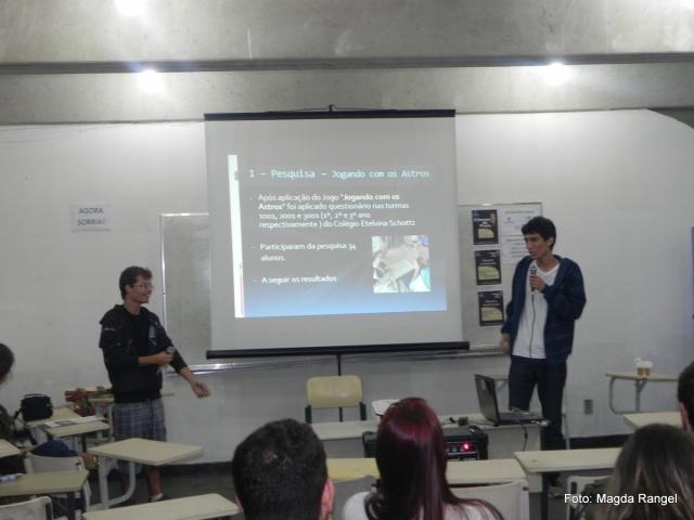 Apresentação dos alunos do CEFET.
